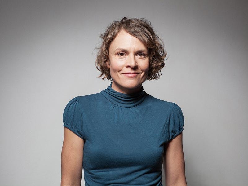 Regine Schroeder - Schauspielerin und Sprecherin | Online