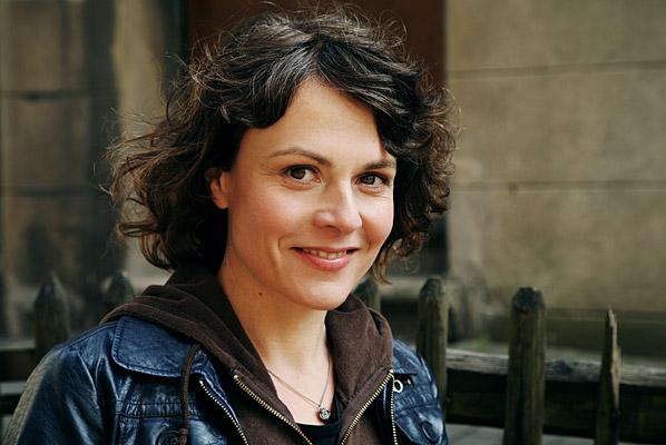 Regine Schroeder | Personensuche - Kontakt, Bilder