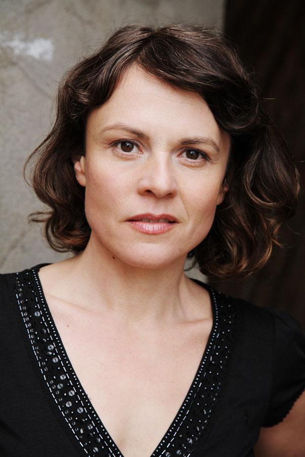 Regine Schroeder peoplecheck.de
